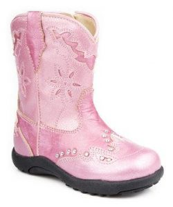 These special boots will have little ones giddy with excitement. Featuring soft faux leather and a perforated, scalloped saddle vamp, they're all that wee wearers need, from sunup to sundown. www.zulily.com